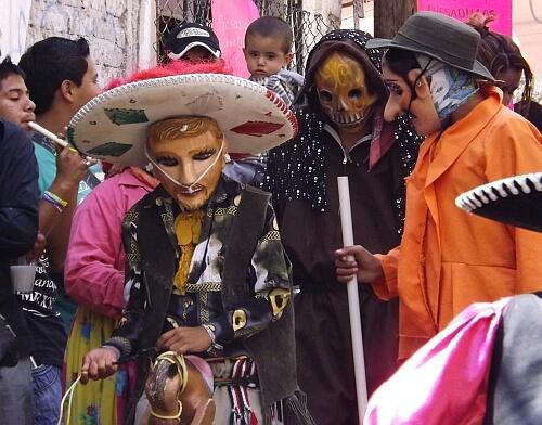 Guanajuato street festival kids
