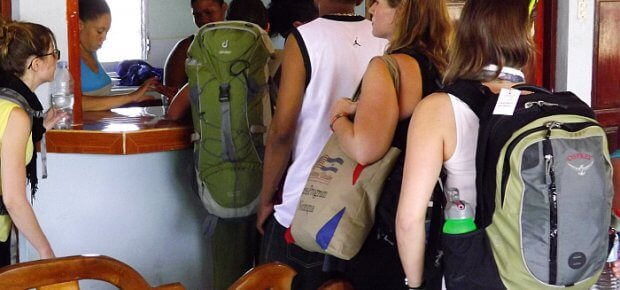 budget travel backpackers