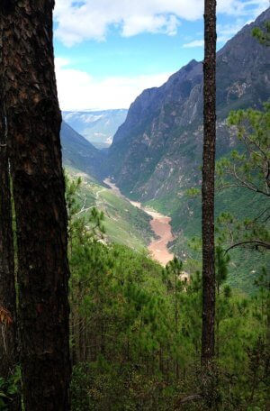 Tiger Leaping Gorge in China from Walkabout Love story in Perceptive Travel