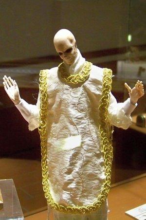aguascalientes museo de la muerte nacional priest skeleton