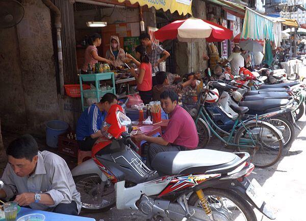 No wheelie suitcase in Vietnam