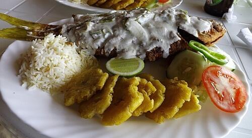 fish and tostones Nicaragua