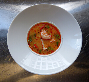 spicy tom yam koong