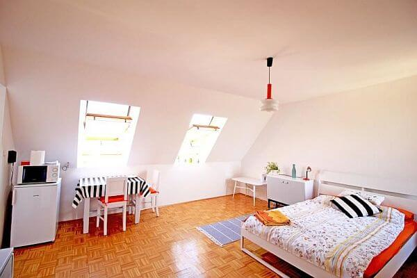 bargain apartment in Budapest for cheap living abroad
