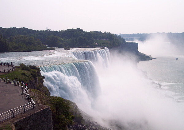 Niagara Falls cheapest hotels