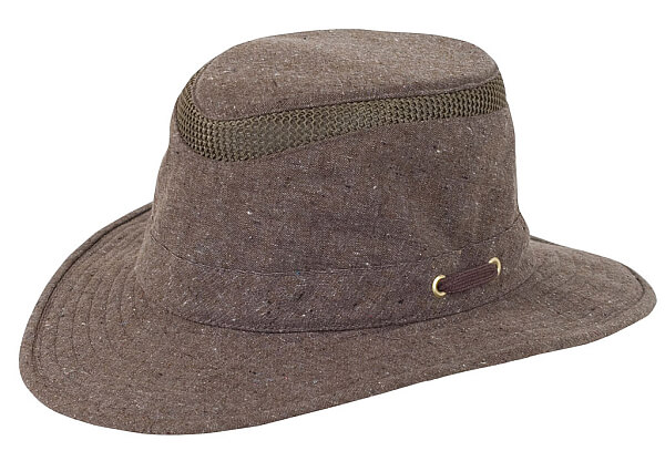 ce69103972ff1 My Favorite Travel Gear Brands  Tilley Hats