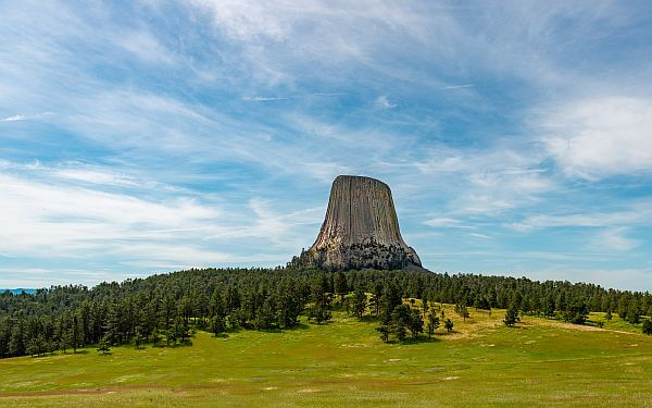 Devil's Tower Monument by Stephen Walker on Unsplash