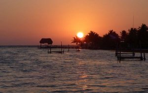 cheap flights to warm places like Belize