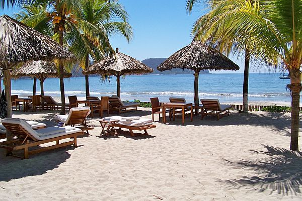 warm places in Mexico often have cheap flights