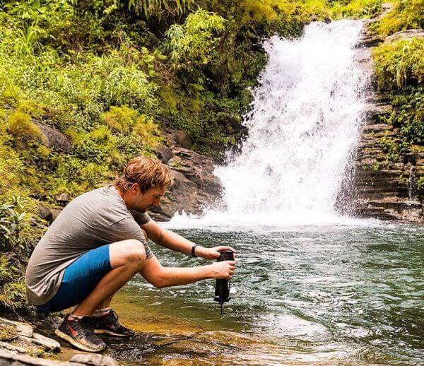 water purifier for traveling and hiking trips