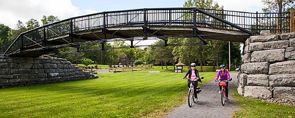 cycle the Erie Canal