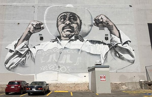 street art in El Paso Texas near a cheap border crossing