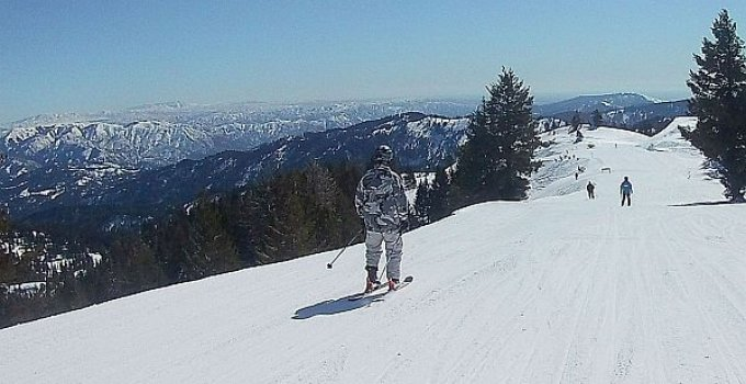 Bogus Basin skiing near Boise