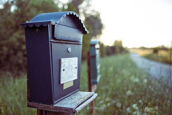 How to Handle Mailbox Rental When You Move Abroad