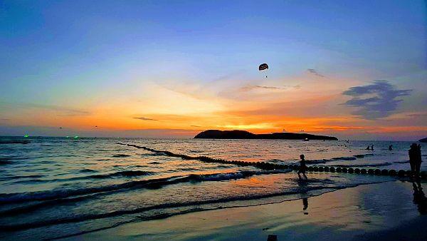 Lankawi beach at sunset