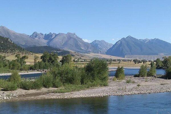 Montana road trip scenery